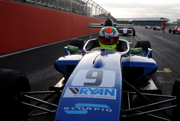Hickin wins final BARC Formula Renault race